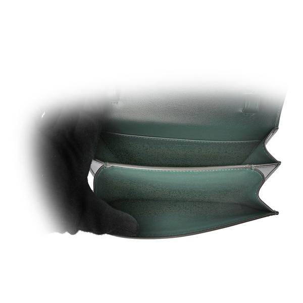 【CELINE】Classic Box 金釦牛皮側背包(亞馬遜綠) 192523DLS.31AN