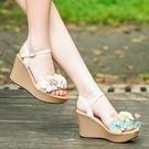 楔形涼鞋 女韓版2020夏季新款甜美花朵仙女風露趾一字帶厚底高跟鞋