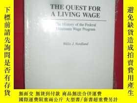二手書博民逛書店The罕見Quest for a Living Wage ( 小