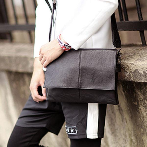 Mao 【5折超值價】 最新熱銷款經典原創設計造型斜背包/側背包