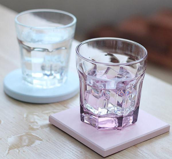 硅藻土隔熱吸水杯墊(方形)(隨機色)