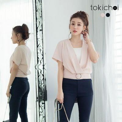東京著衣-縮腰裝飾打褶V領上衣-S.M(6020371)