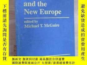 二手書博民逛書店Human罕見Nature and the New Europe 硬精裝Y15969