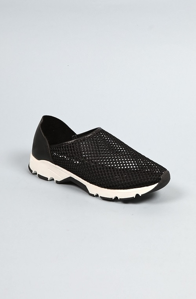 ALL BLACK   透氣網狀休閒鞋 (黑)