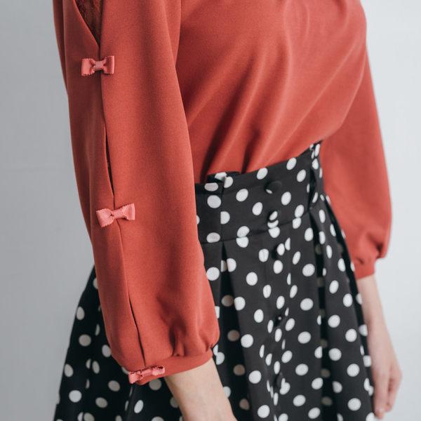 春夏下殺↘5折[H2O]袖子夾蕾絲蝴蝶結裝飾九分袖甜美風平織上衣 - 磚紅/白/粉色 #9671001