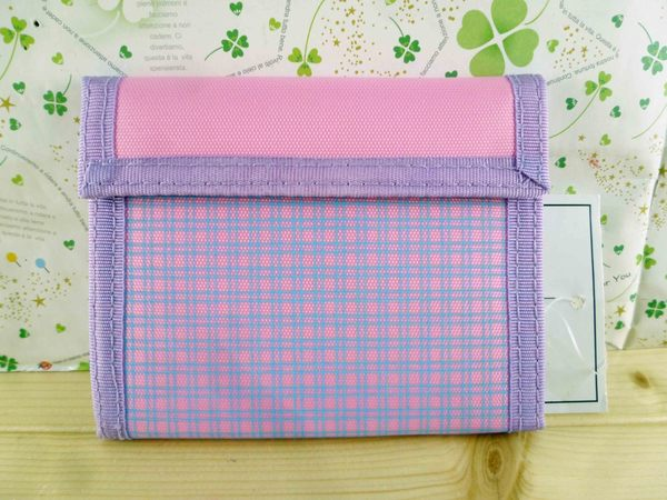 【震撼精品百貨】Hello Kitty 凱蒂貓-凱蒂貓皮夾/短夾-KITTY抱熊圖案-粉紫色