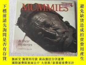 二手書博民逛書店Mummies罕見& Their Mysteries (Caro