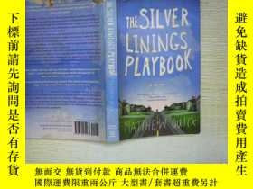 二手書博民逛書店THE罕見SILVER LININGS PLAYBOOK (01