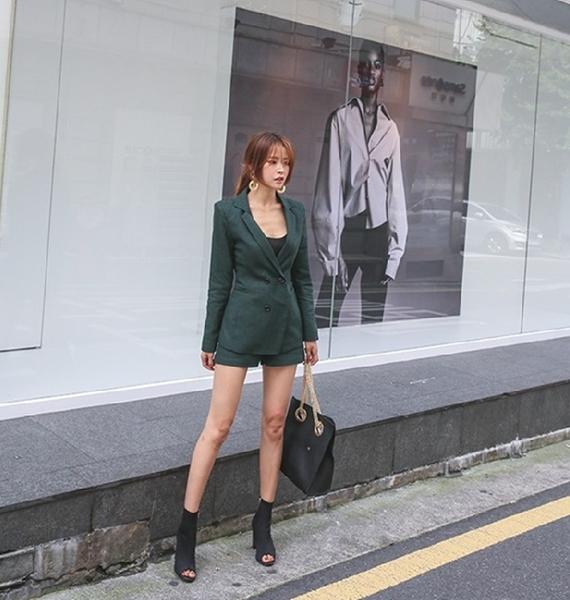 外套 時尚經典修身格紋西裝外套 艾爾莎【TGK6957】