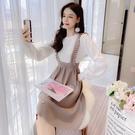 VK精品服飾 韓國風優雅高腰撞色背帶拼接針織假兩件長袖洋裝