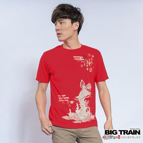 BIG TRAIN 櫻花鯉魚圓領T-男-紅色