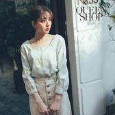 Queen Shop【01096475】細格紋方領七分袖排釦上衣 兩色售*現+預*