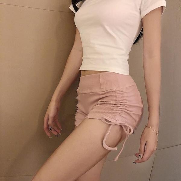 運動短褲 運動超短褲灰色性感寬鬆夏季緊身a字高腰休閒熱褲女士-Ballet朵朵