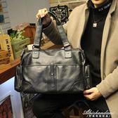 男士商務橫款手提包時尚斜背包休閒側背包旅行包男包包 igo黛尼時尚精品