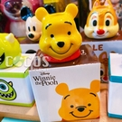正版 日本迪士尼系列 皮克斯立體大臉造型陶瓷牙刷架 筆架 小熊維尼款 COCOS PP001