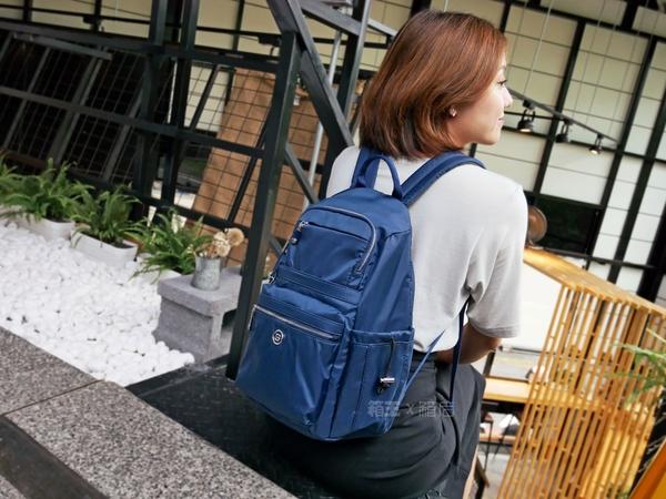英國BESIDE-U 超輕大容量 防盜錄 防扒後背包 後背包 休閒包 防盜後背包 休閒包 BNUA170T (黑/藍/紫)
