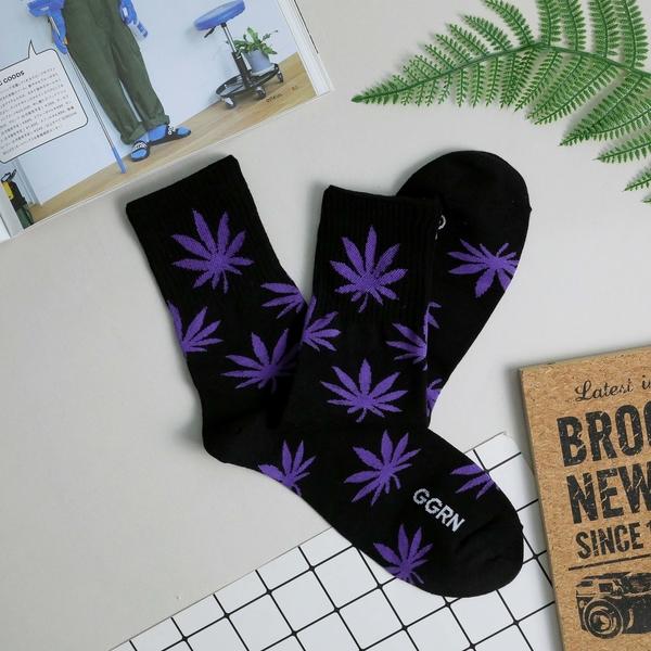 【正韓直送】韓國襪子 螢光色系大麻葉加大男性中筒襪 男襪 長襪 禮物 型男必備 哈囉喬伊 M62