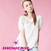 【SHOWCASE】雪紡拼接字母蕾絲上衣(白)
