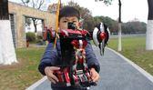 遙控變形車感應變形汽車金剛無線遙控車機器人充電動男孩兒童玩具   提拉米蘇YYS