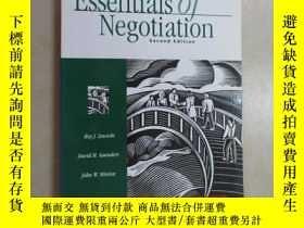 二手書博民逛書店英文書罕見Essentials of Negotiation(S