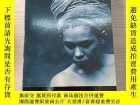 二手書博民逛書店THE罕見PRISONER S WIFEY179803 見圖 見圖 出版2004