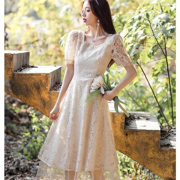 方領露鎖骨透視蕾絲拼接網紗下擺長洋裝[99129-QF]美之札
