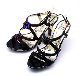 高貴氣質高跟交叉亮珠花朵露趾涼鞋