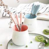 創意可愛水果叉陶瓷不銹鋼甜品勺餐具叉子 水果簽水果叉套裝  瑪奇哈朵