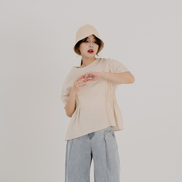 Queen Shop【01096973】清新素面收腰抓皺圓領上衣*現+預*