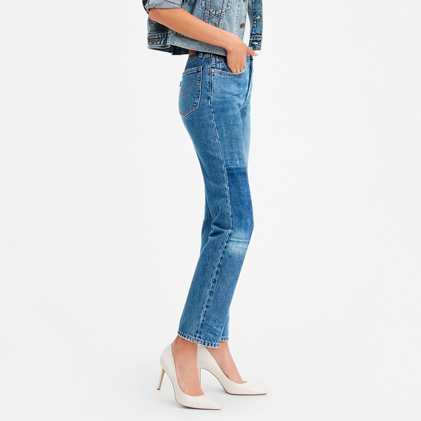 Levis 女款 501高腰排釦直筒牛仔褲 / 復古水洗大補丁