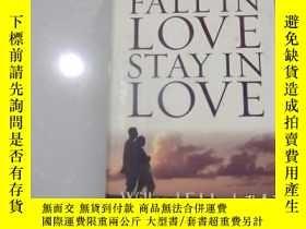 二手書博民逛書店FALL罕見IN LOVE STAY IN LOVEY20780