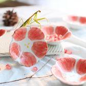 粉色可愛清新小花醋碟 手繪陶瓷壽司醬料碟 唯美創意和風料理小碟【小梨雜貨鋪】