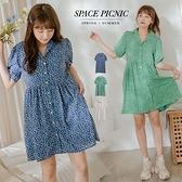 洋裝 Space Picnic 點點小花V領排釦洋裝(現貨)【C21052010】