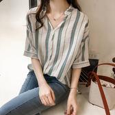 DE SHOP~(XA-1460)條紋T恤女夏季新款大碼女裝胖mm顯瘦v領小心機上衣寬鬆短袖襯衫