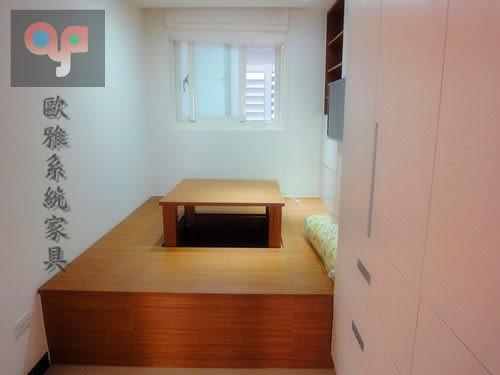 【歐雅系統家具】高機能和室 假門開放高櫃 金柚木配雪杉~