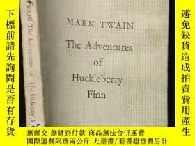 二手書博民逛書店MARK罕見TWAIN The Adventures of Hu