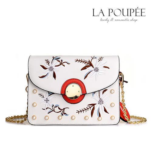 側背包 浪漫梔子花開刺繡小方包 2色 -La Poupee樂芙比質感包飾 (現貨+預購)