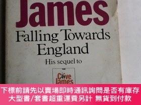 二手書博民逛書店Falling罕見Towards England 英文原版Y83259 Clive James 著 Pica