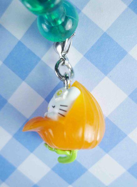 【震撼精品百貨】Hello Kitty 凱蒂貓~KITTY限定版吊飾拉扣-菊花(睡)