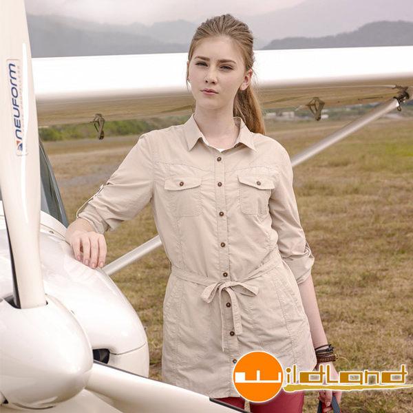 Wildland 荒野 0A31211-83白卡其 女抗UV時尚長版襯衫
