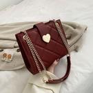 斜背包 紅色新娘包包女包2020新款網紅錬條包側背斜背包小ck結婚包大容量 裝飾界