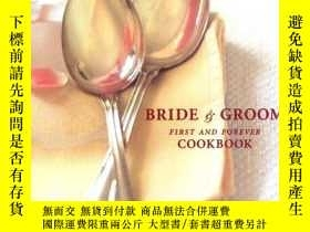 二手書博民逛書店The罕見Bride and Groom Cookbook: T