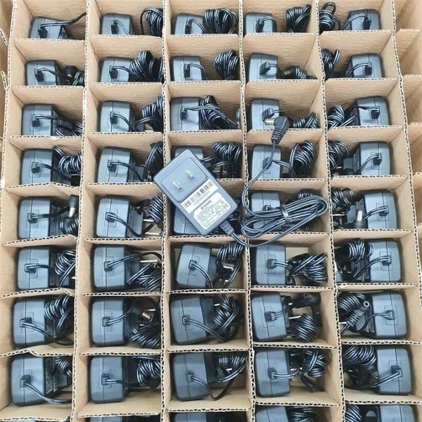 DLINK D-LINK AMS47-0501000FU 路由器 集線器 電源線 充電器 變壓器 DES-1005A DES-1008A DGS-1005A DGS-1008A 5V 1A