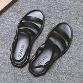 快速出貨-羅馬涼鞋2018夏新品皮質露趾羅馬涼鞋正韓休閒沙灘個性時尚潮流男士涼拖鞋