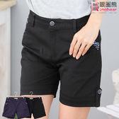 短褲--夏日俏皮口袋反折點點短褲(黑.藍M-8L)-R85眼圈熊中大尺碼