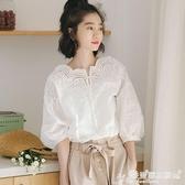 一字肩上衣 白色襯衫女夏短袖學生韓版寬鬆露肩一字肩上衣襯衣女設計感刺繡 愛麗絲