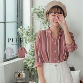 (現貨)PUFII-襯衫 簡約排釦直條紋中山領襯衫上衣 2色-0906 現+預 秋【ZP15104】