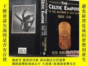 二手書博民逛書店The罕見Celtic Empire: The First Mi