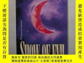 二手書博民逛書店英文原版罕見Show of Evil by William Di