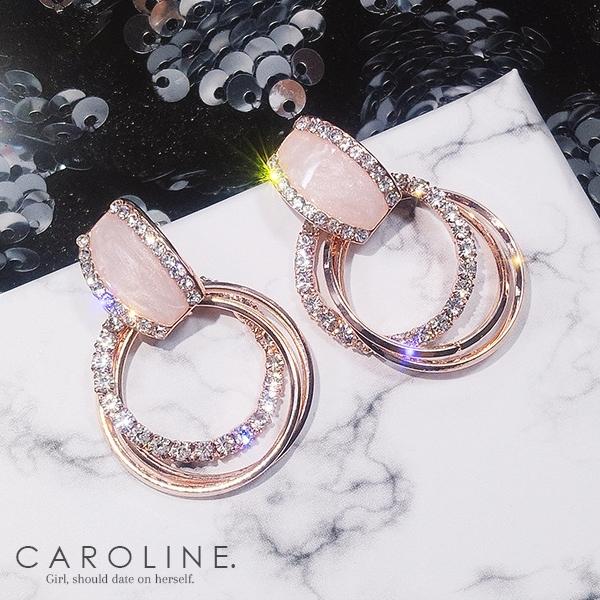 《Caroline》★韓國熱賣造型時尚耳環Bling  Bling 優雅性感 耳環70089